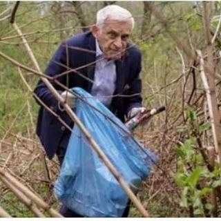 Sprzątanie parku Grabiszyńskiego