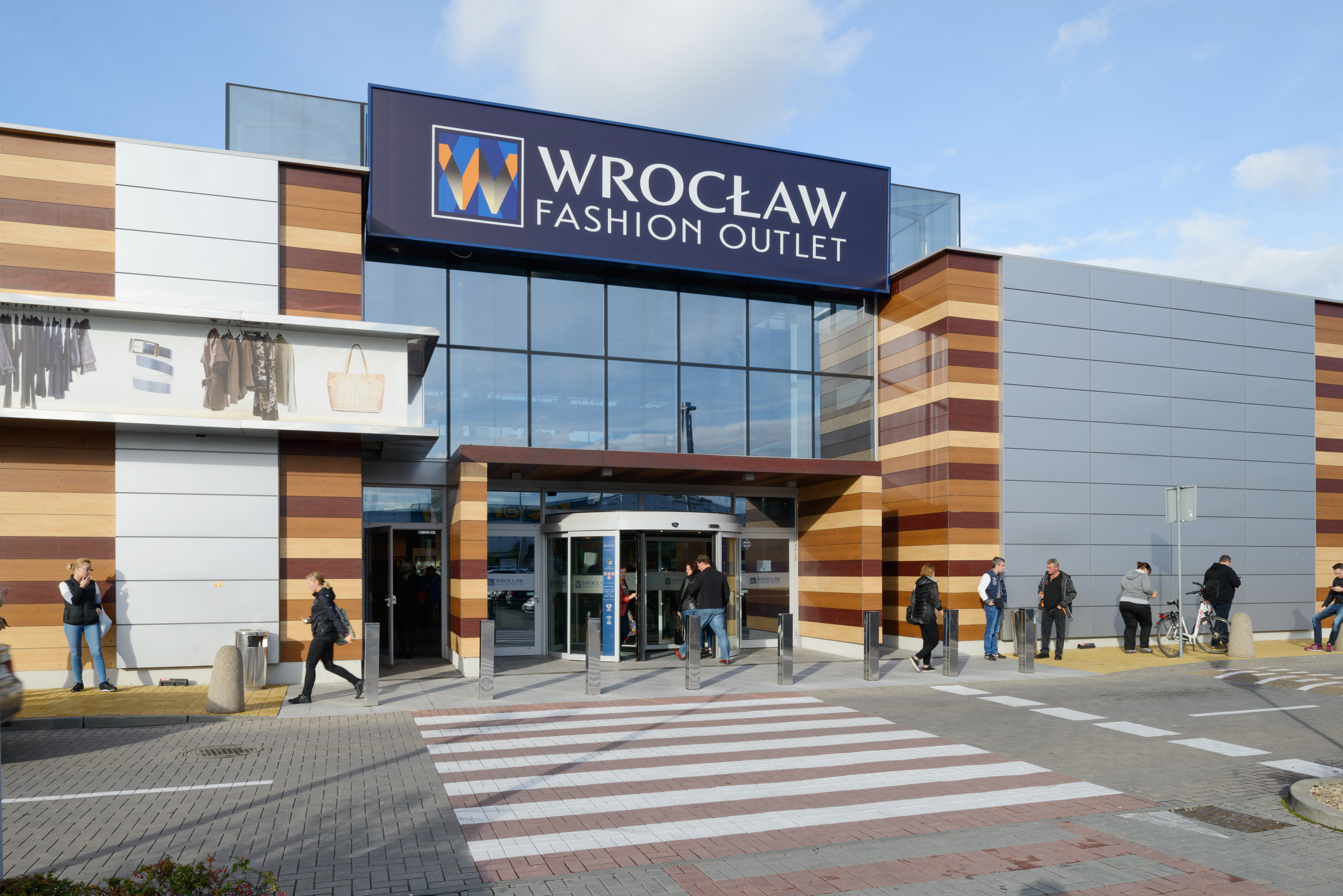 Wroc aw fashion outlet for Fashion outlet