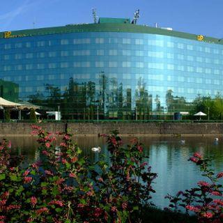 HP Park Plaza Hotel