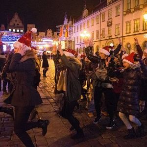 Przyłącz się do świątecznego tańca na Rynku
