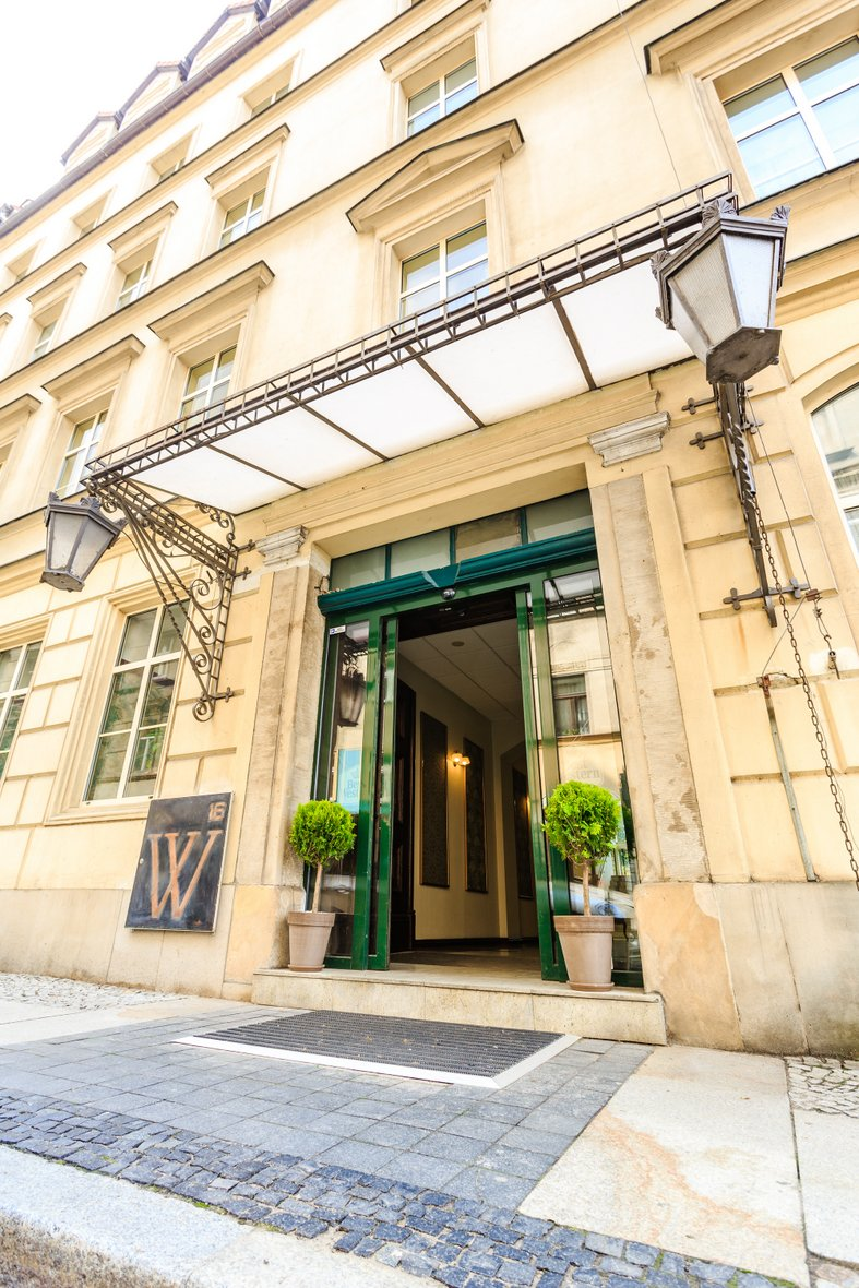 Best Western Hotel Prima 9 Photos