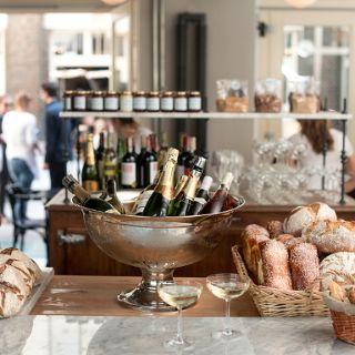 Charlotte chleb i wino
