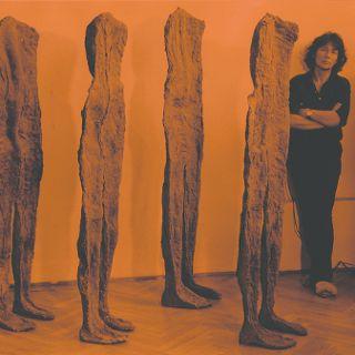 Ślady istnienia, w hołdzie dla Magdaleny Abakanowicz (1930-2017)