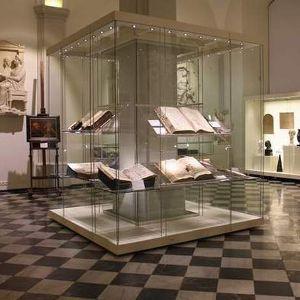 Wystawa jubileuszowa z okazji 200-lecia utworzenia Państwowego Uniwersytetu we Wrocławiu
