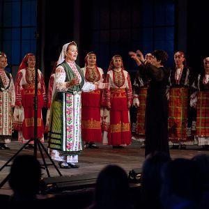 Le Mystère des Voix Bulgares i Giovanni Sollima