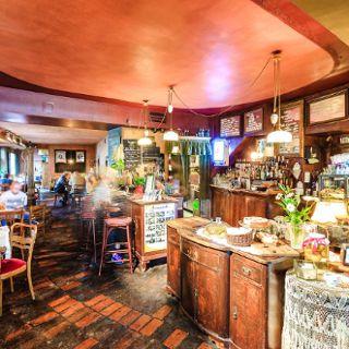 Mleczarnia club-cafe