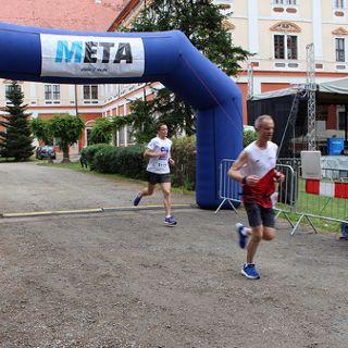9. Półmaraton Henrykowski i 5. Dycha Księgi Henrykowskiej